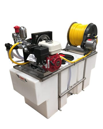 100 Gal Space Saver Sprayer machine