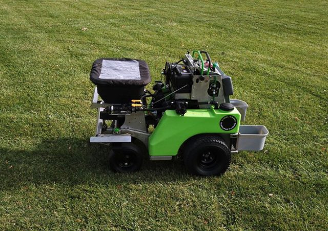 steelgreen ride-on sprayer-spreader